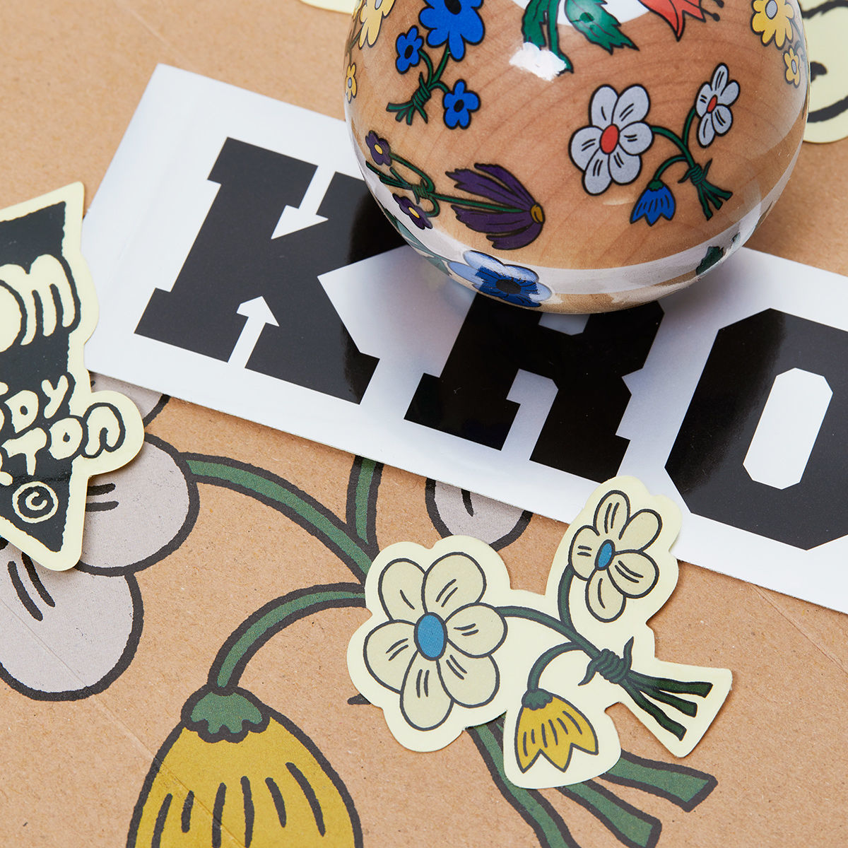 krom-jody-barton-flowers